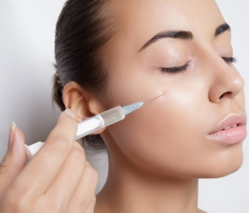 Botox Injection Procedure From Dr. Edmund Kwan