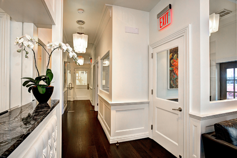 Plastic Surgery Offices NY - Office picture 6